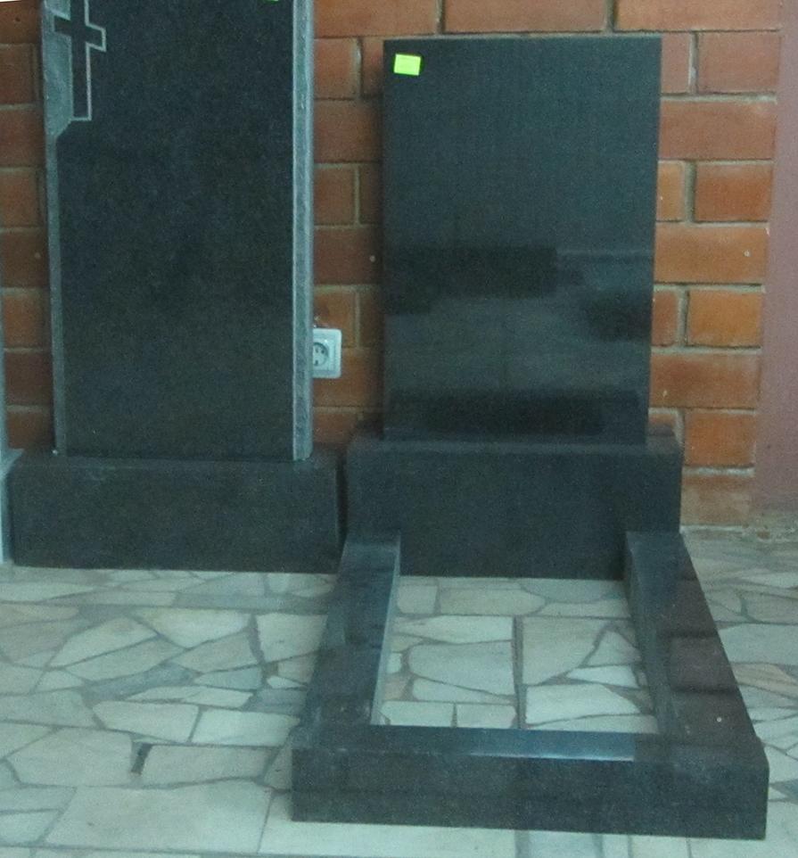 Цена на памятники саратов цены надгробные памятники из мрамора lilac